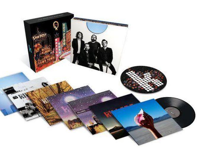 I Killers pubblicano l'edizione deluxe di 'Imploding the mirage' e un nuovo brano