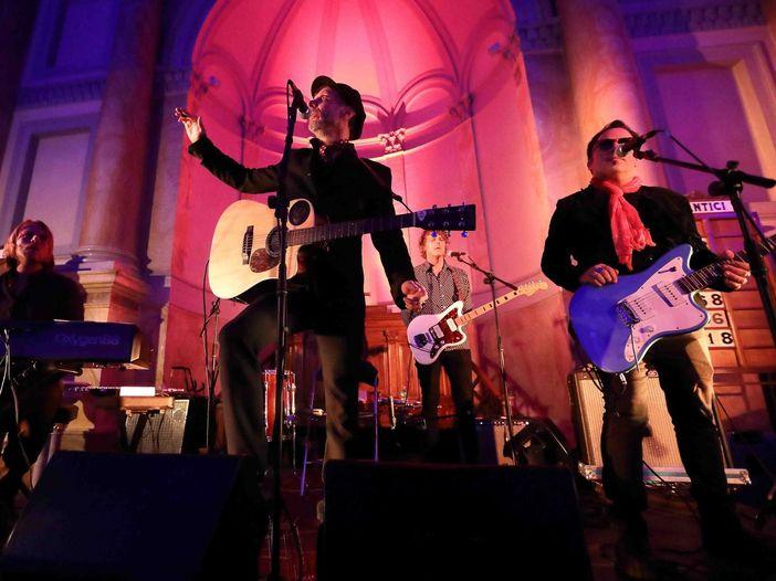 """Mercury Rev, ascolta """"Okolona River Bottom Band"""" con Norah Jones dal nuovo album """"The Delta Sweete Revisited"""""""