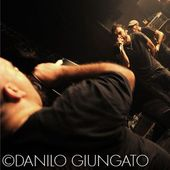 11 Dicembre 2010 - Karemaski - Arezzo - Linea 77 in concerto