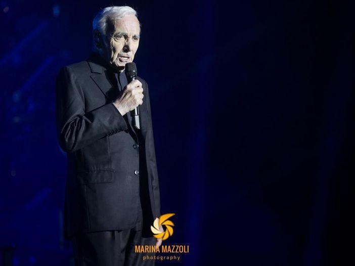 """Charles Aznavour in concerto all'Arena di Verona: """"Il segreto di anni di carriera? L'onestà verso il pubblico"""""""