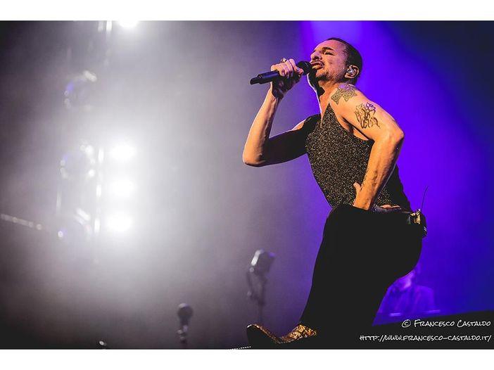 Dave Gahan in ospedale, i Depeche Mode annullano un concerto a Minsk