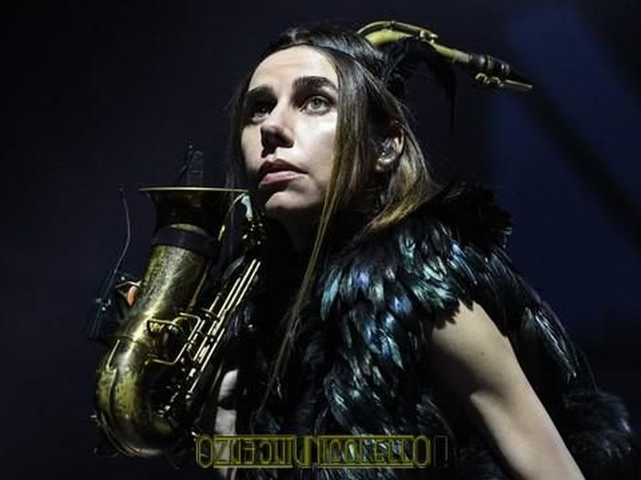 """PJ Harvey, in arrivo la ristampa """"Stories from the city, stories from the sea"""""""