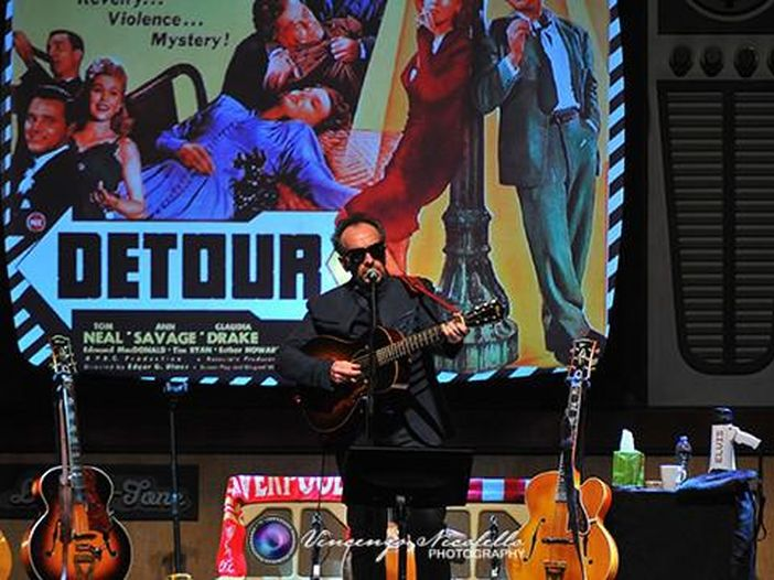 Elvis Costello per la 27° (e ultima) volta da David Letterman - VIDEO