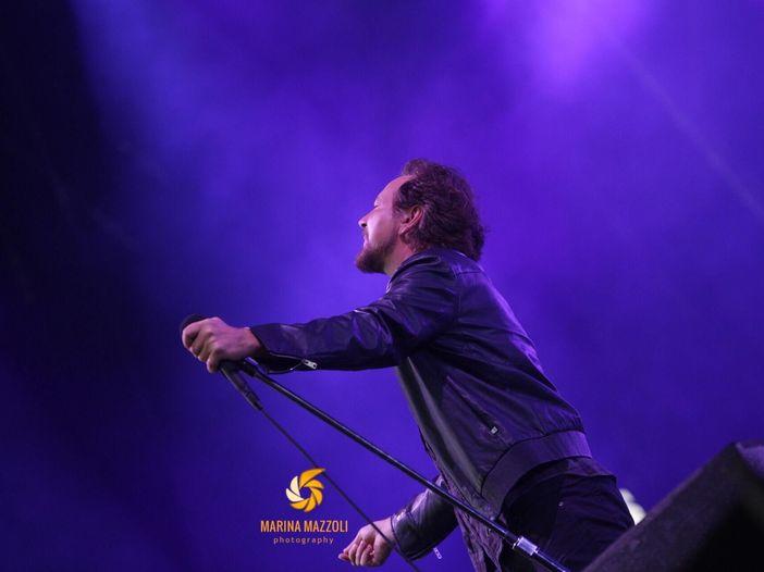 La rabbia dei Pearl Jam (con Eddie che sta bene): la recensione del concerto di Padova