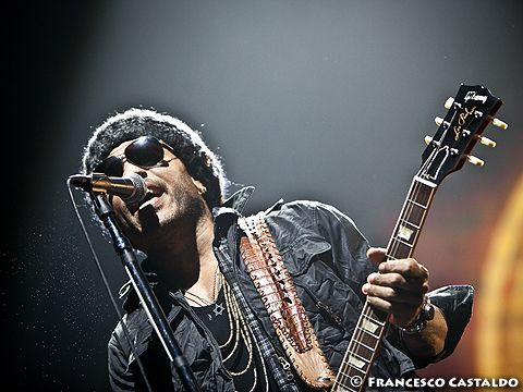 Lenny Kravitz, ascolta 'Sex' dal nuovo album 'Strut' - AUDIO