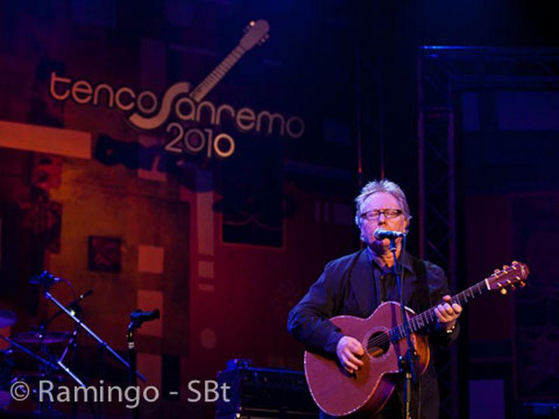13 Novembre 2010 - Teatro Ariston - Sanremo (Im) - Paul Brady in concerto