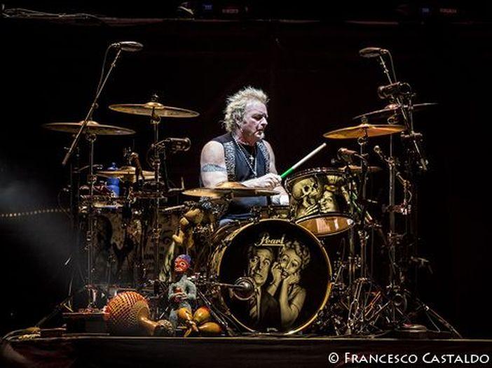 Aerosmith, Joey Kramer è già tornato al suo posto