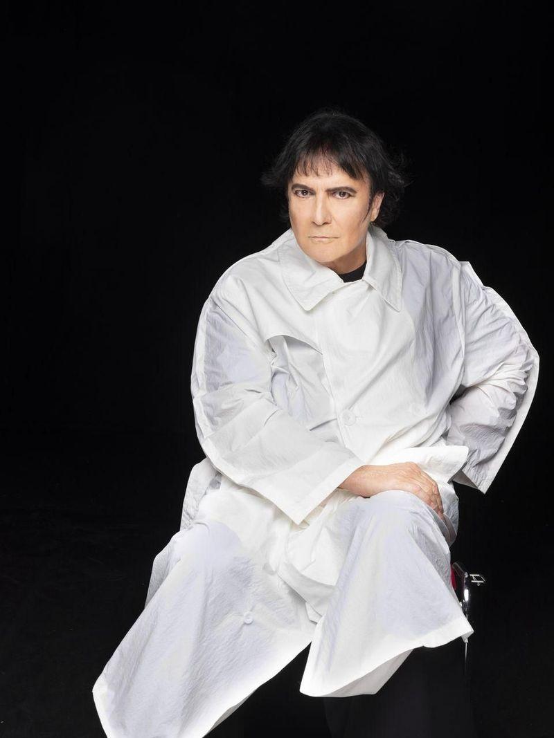 Dopo Achille Lauro, Renato Zero ha qualcosa da dire ai nuovi fenomeni della discografia