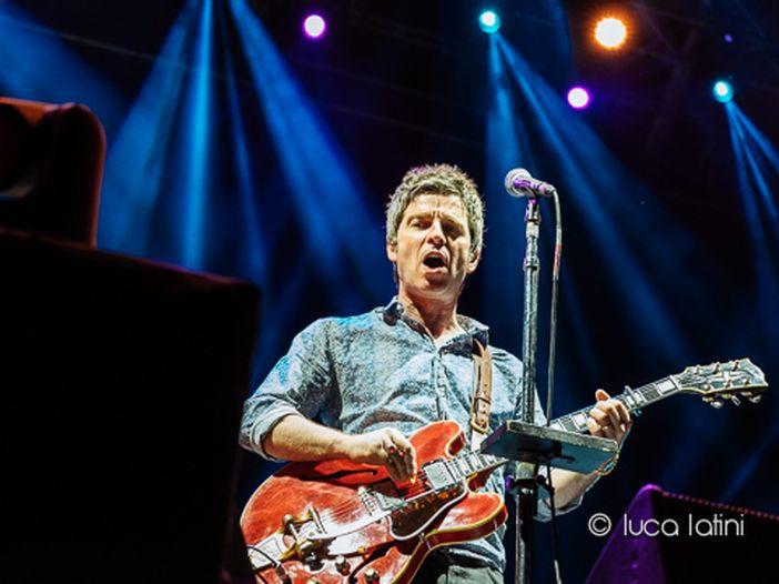 Noel Gallagher, nuovo album con gli High Flying Birds: esce a novembre, poi una data in Italia - VIDEO/TRACKLIST/COPERTINA
