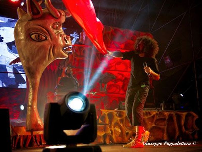 17 luglio 2014 - Piazza Libertà - Azzano Decimo (Pn) - Caparezza in concerto