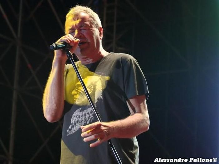 Ian Gillan polemico: dai resoconti sembra che i Deep Purple abbiano venduto 11 o 12 dischi in totale