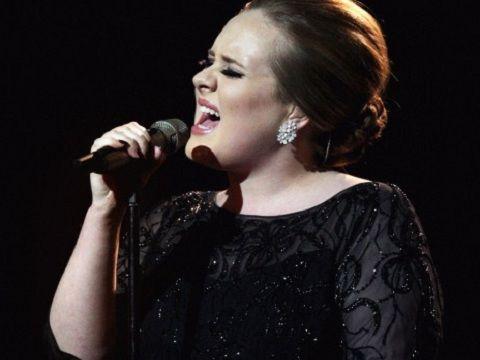 Adele, ancora voci sul nuovo album: fuori il 25 settembre?