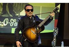 L'addio di Elvis Costello al 2020