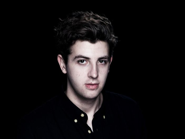 Jamie XX, il video del nuovo singolo 'Loud places'. Svelate copertina e tracklist dell'album solista - GUARDA