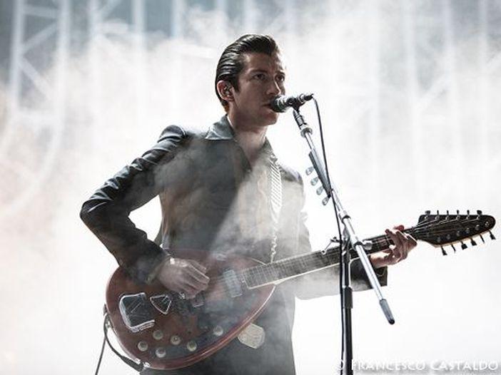 Arctic Monkeys, online un mini-documentario sul tour sudamericano - VIDEO