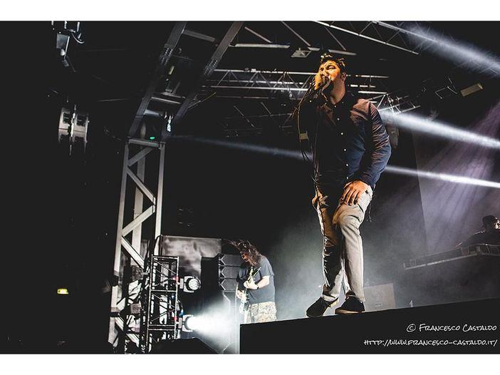 Tommy dei Motley, Mike dei Linkin e Cypress Hill insieme per Chi dei Deftones