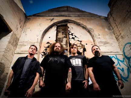 Napalm Death: il nuovo album 'Throes Of Joy In The Jaws Of Defeatism' esce a settembre