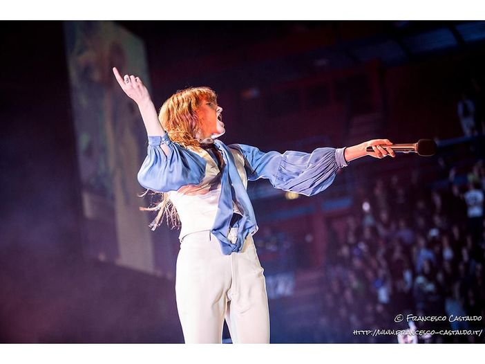 Florence and the Machine, una cover dei Beatles per chiudere il tour