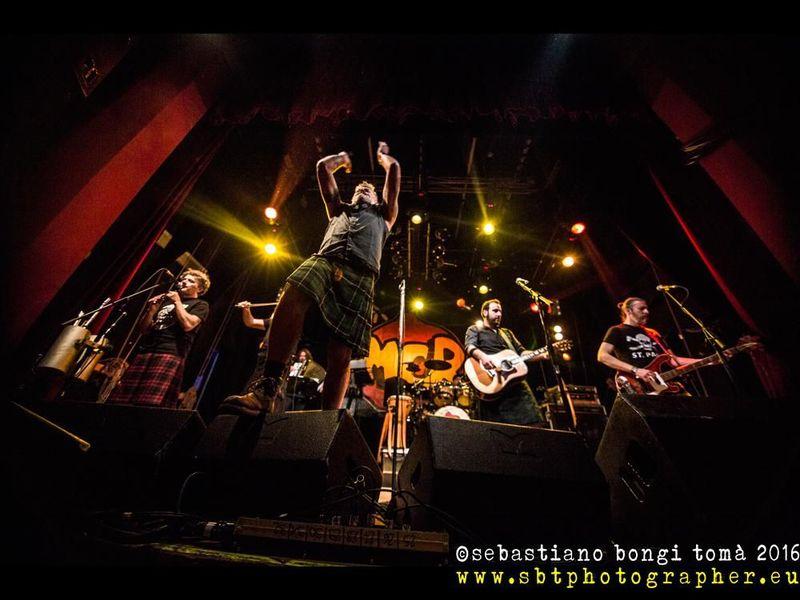 24 aprile 2016 - The Cage Theatre - Livorno - Modena City Ramblers in concerto