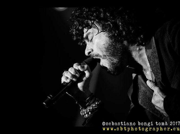 """Sanremo 2019, """"Il té con l'artista"""" di Rockol a Casa Siae: oggi Renga in diretta streaming"""