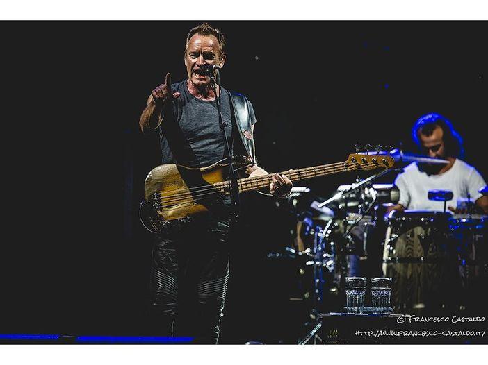 """Sting racconta il suo concerto al Bataclan: """"Non è stata una serata facile, ma abbiamo portato un po' di gioia"""""""