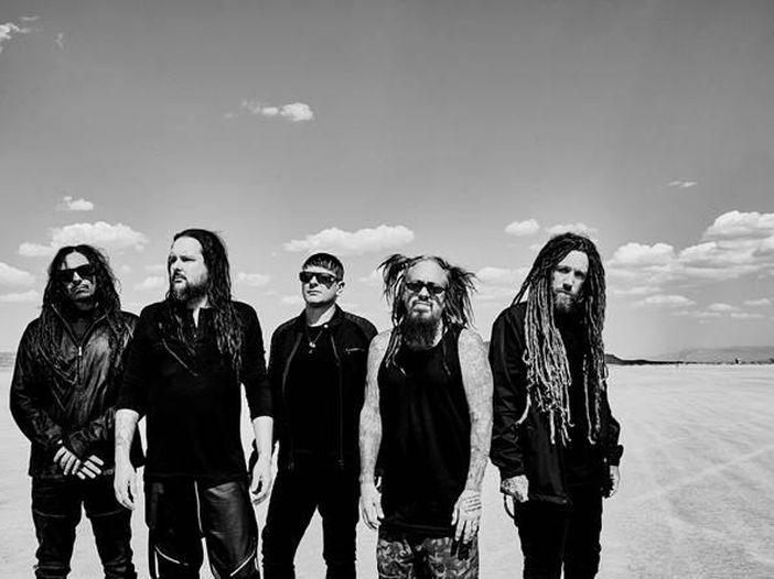 Confermato il nuovo dei Korn per il 17 agosto; in Internet già degli estratti