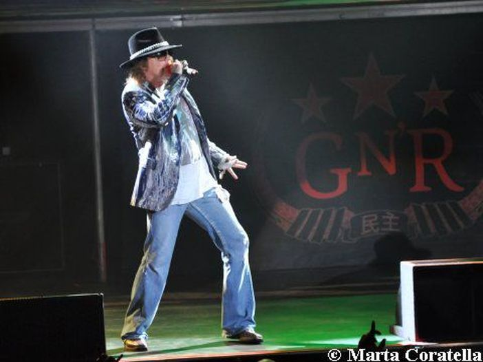 Voci: Scott Weiland sostiene che i Guns N' Roses potrebbero riunirsi nella formazione classica