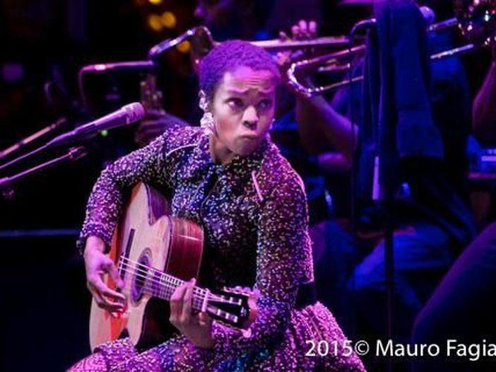Lauryn Hill rischia tre anni di carcere