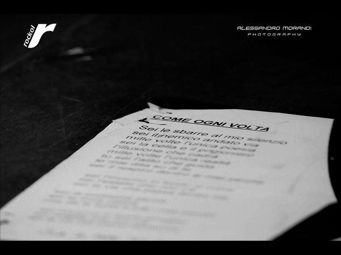I La Crus reinterpretano nel nuovo album 13 canzoni italiane