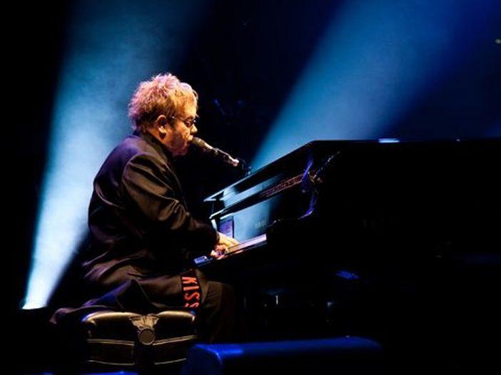 Elton John, il nuovo album 'The diving board' nei negozi il 16 settembre