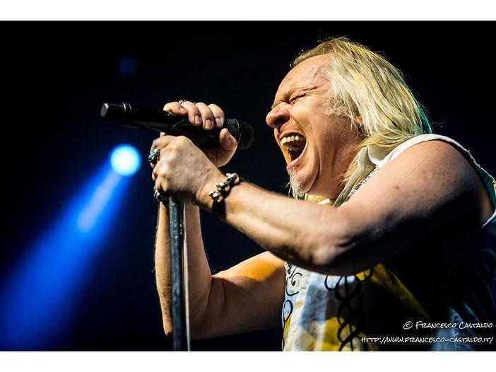 Concerti, Uriah Heep: annullati i concerti italiani, il cantante Bernie Shaw deve curarsi