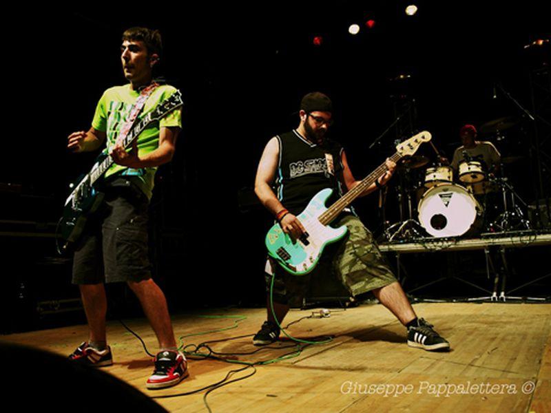 19 Giugno 2011 - Fabrik Festival - Parco del Cormor - Udine - Dog Food Five in concerto