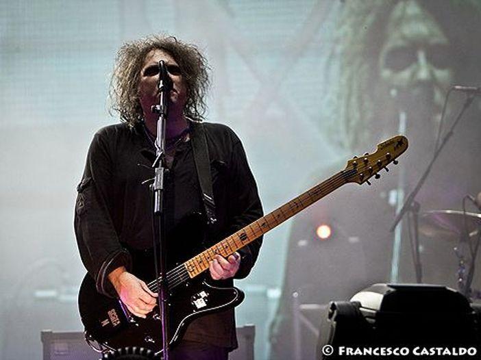 Concerti, Cure a Bologna: i video del live alla Unipol Arena del 29 ottobre 2016 - GUARDA