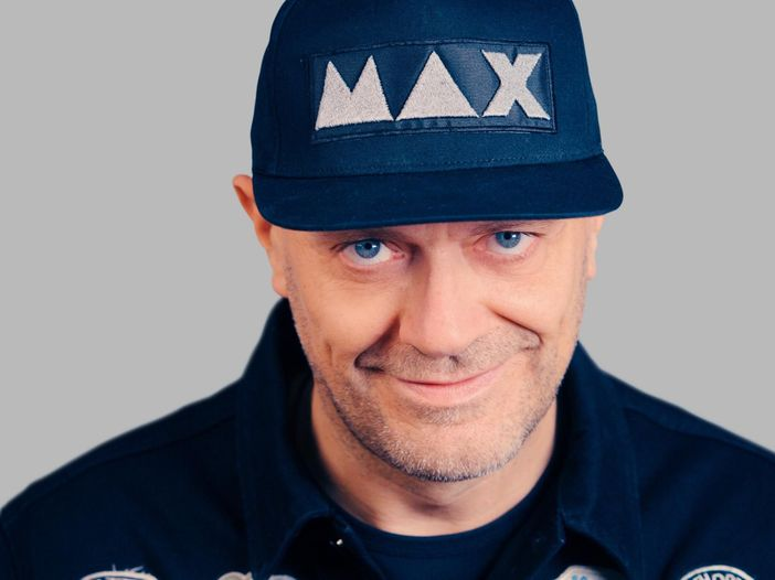 Max Pezzali, il 4 giugno esce il nuovo album 'Max 20': ecco la tracklist