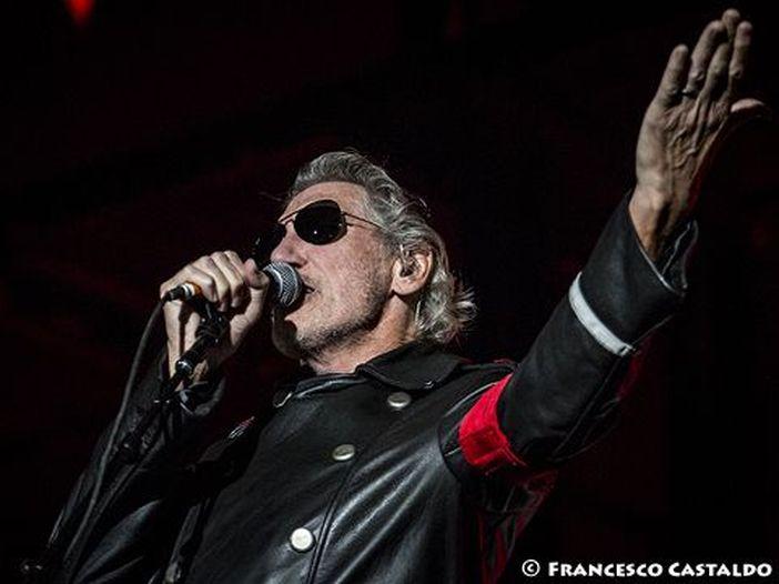 Roger Waters e il presunto plagio di Isgrò: ecco chi c'è dietro al progetto grafico del suo album