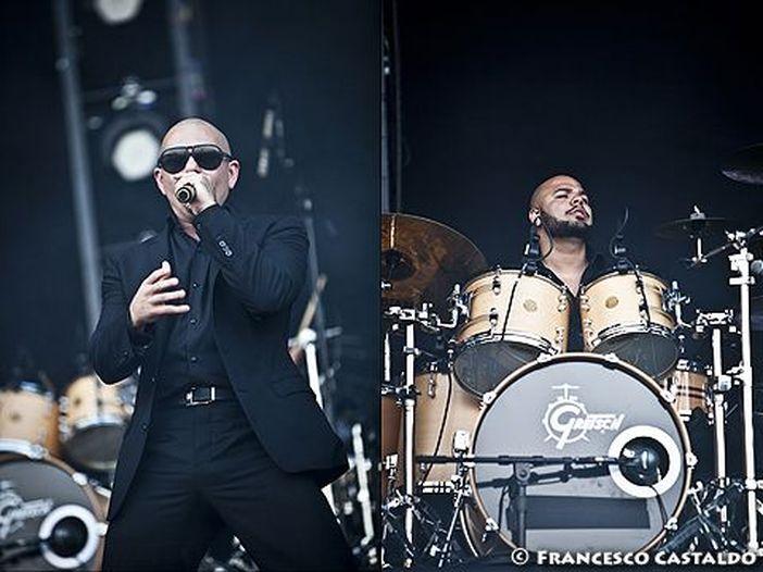 """Pitbull, in rete il video di """"Fireball"""" - GUARDA"""