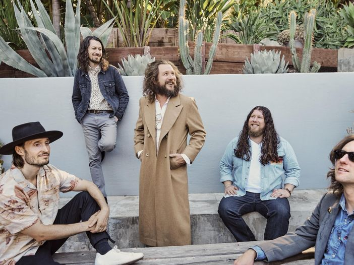 My Morning Jacket, un nuovo brano tratto da 'The waterfall': ascolta qui 'Spring (Among the living)'