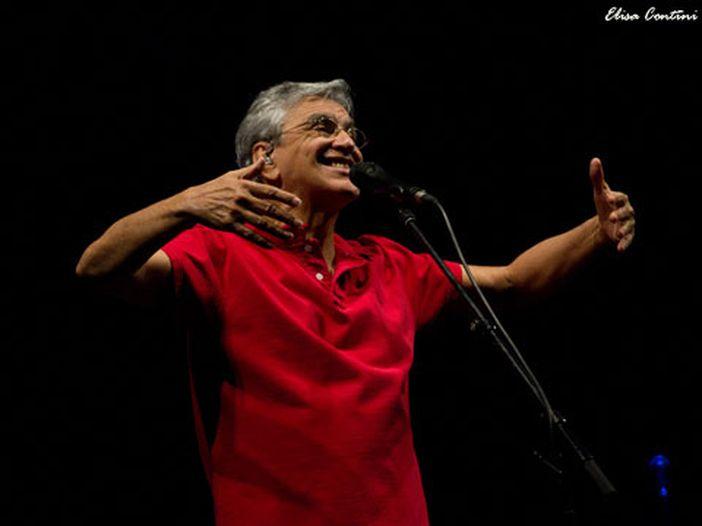 Accadde nel rock, oggi 7 agosto: Caetano Veloso, Dj Albertino, Bruce Dickinson