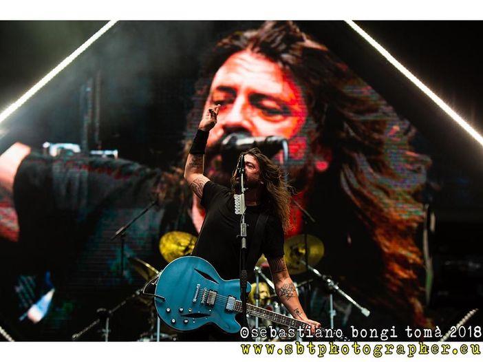 """Dave Grohl: """"Sono pronto per prendermi una pausa"""". Ma pensa già al prossimo album dei Foo Fighters"""