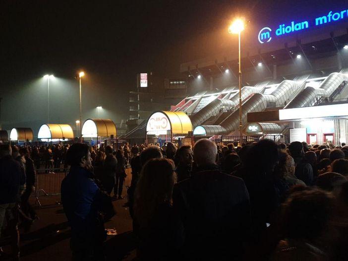 Biglietto nominale, lunghe code e disagi al concerto di Sting a Milano
