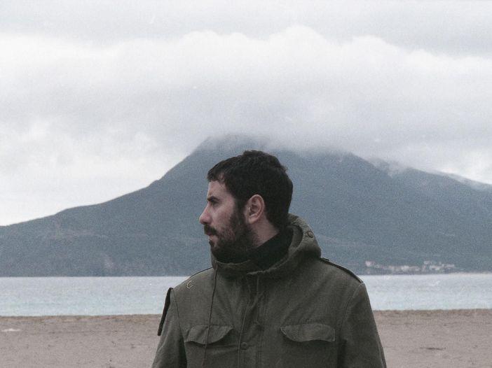 Il mestiere di musicista: intervista a Iosonouncane, autore del disco italiano dell'anno - video