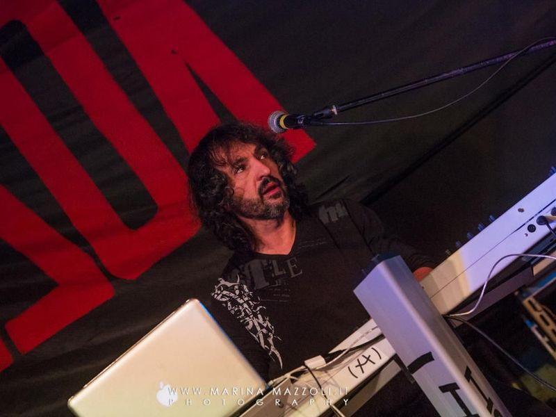 5 dicembre 2015 - Csa Pinelli - Genova - Eugenio Finardi in concerto