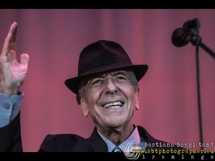 Leonard Cohen: la storia del disco postumo raccontata dal figlio Adam
