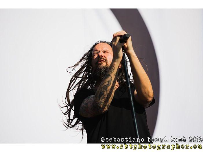 Jonathan Davis (Korn): guarda il video del singolo 'Basic Needs'