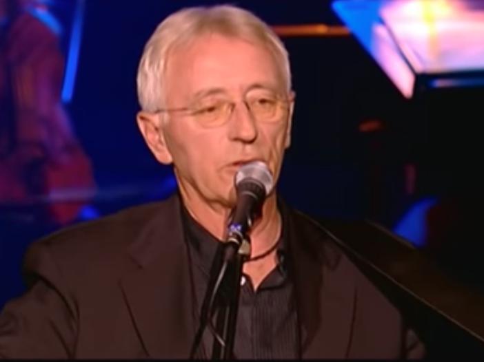 Addio a Oliver Dragojevic, star della musica croata: aveva 70 anni - VIDEO