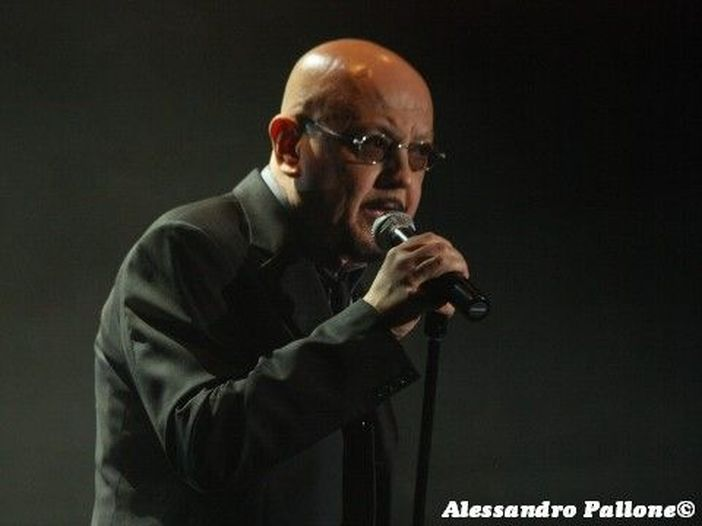 X Factor 2010, Giudica i giudici: Enrico Ruggeri (I puntata)