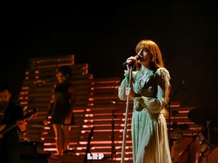 Classifiche UK: dopo 28 settimane in Top 40, primi Florence & The Machine