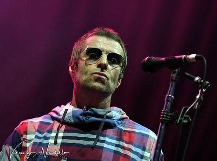 """Liam Gallagher: """"Ascoltare i Pink Floyd stonato mi ha aperto la mente"""""""