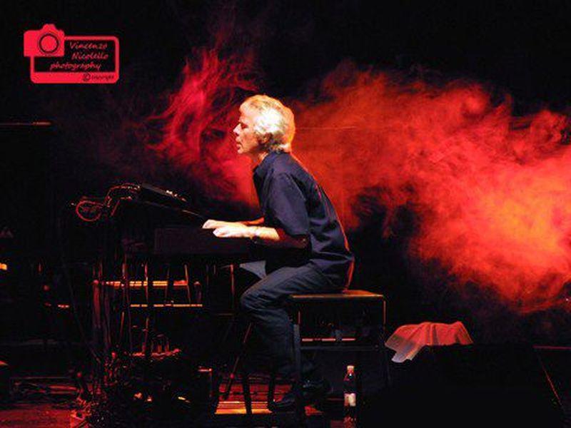 9 Aprile 2011 - Nuovo Teatro Carisport - Cesena (Fc) - Van Der Graaf Generator in concerto