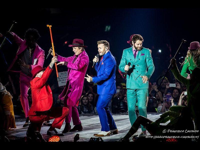 Robbie Williams e Take That: concerto reunion per beneficenza. Video.